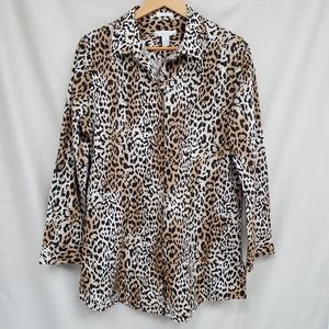 Like New Chico's Leopard Print Button Down Shirt
